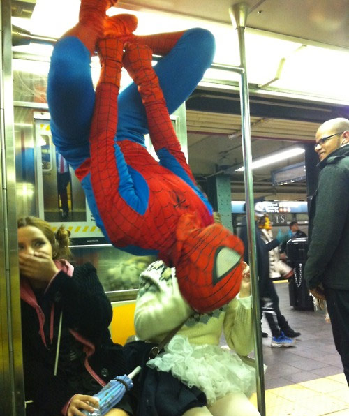 22 Times Total Craziness Was Casually Spotted On The Subway Wildammo (17)