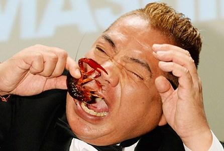 リアクション芸の神に愛された男・出川哲朗の凄さが分かる8つのエピソード!