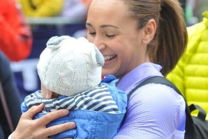 Jessica-Ennis-Hill-with-her-baby