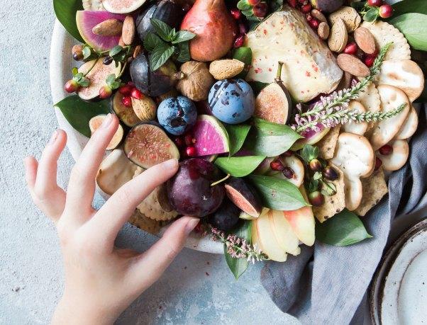 brooke-lark fruits via unsplash