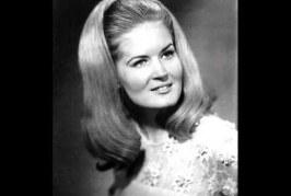 'Rose Garden' Singer, Lynn Anderson, Dies