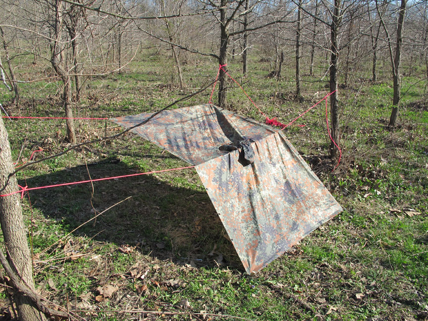 Lean Too Tent : Different military poncho survival shelter configurations