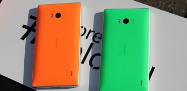 Nokia Lumia 930 green orange