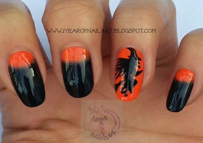 Halloween nail art witch