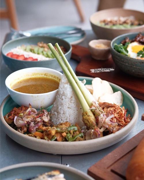 Nasi Bali Gastros Eatery Nipah Mall