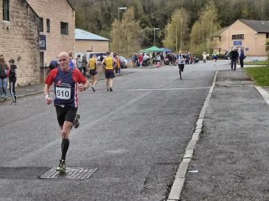 8) Dave looking very relaxed Incline 2016
