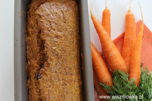 Ciasto bez cukru - chlebek marchewkowy.