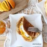 Puszyste omlety z twarożkiem i słodko-gorzką pomarańczą