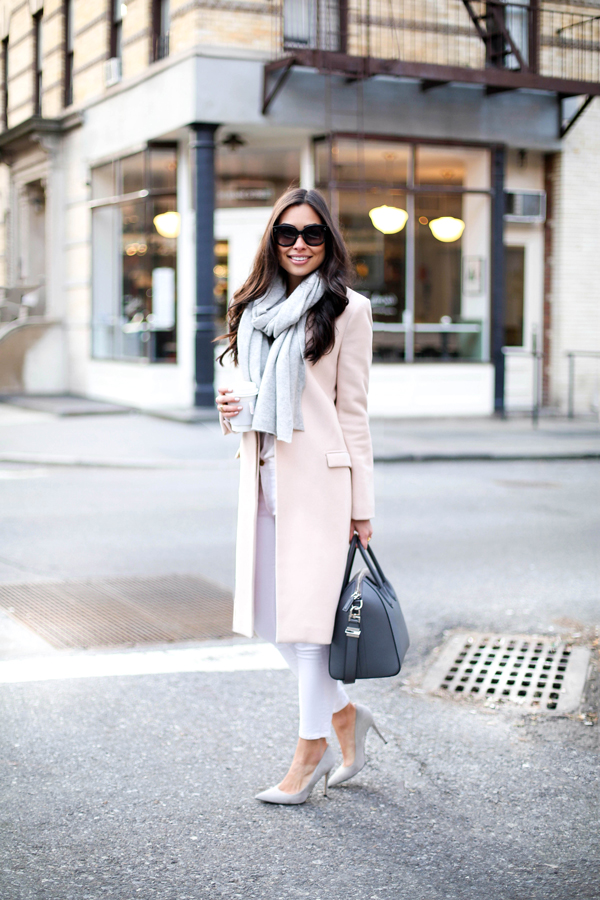 Blush winter coat with white skinny jeans