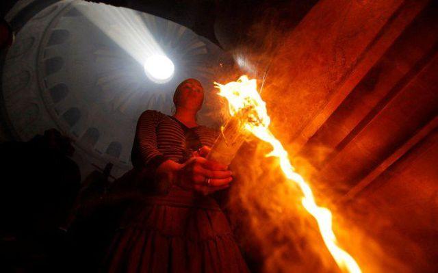 физик о благодатном огне