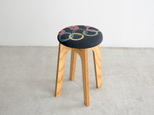 old clothes stool OCS-003