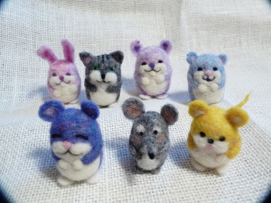 Come and create a COLOURFUL CRITTER of your own!