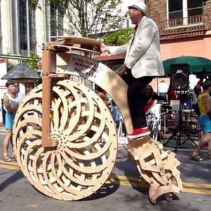 Boneshaker Big Wheel kinetic