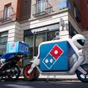 Domino's Driverless Delivery Vehicle