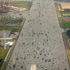 Timelapse of record-breaking Sail Amsterdam 2015