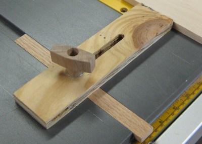 Wooden knob on my thin-rip jig