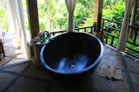 Puri Mangga Spa Tub