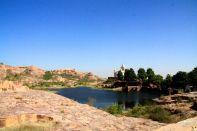 Jaswant Thada Lake