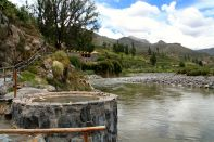 Colca Lodge Thermal baths river