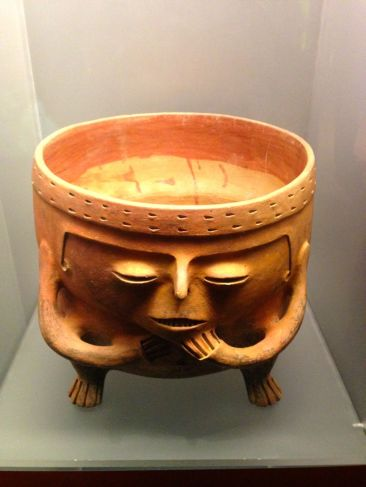 Museo del Oro Bogota Pot
