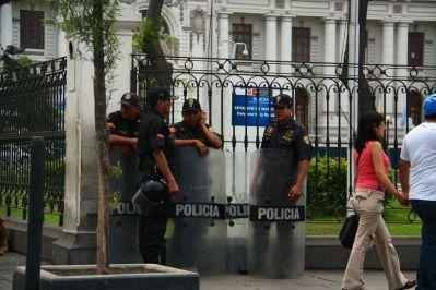 Plaza de Armas Lima Police