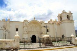 Yanque's white church