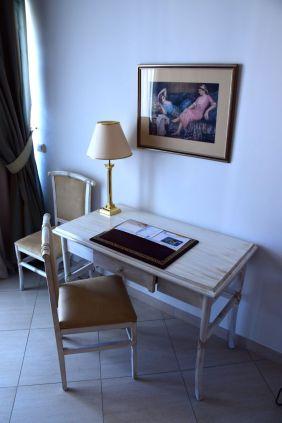 Hasdrubal Thalassa Junior Suite Desk