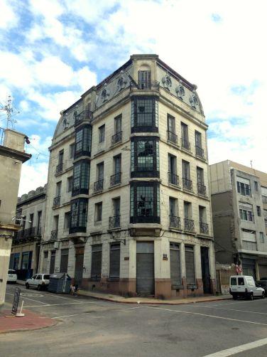 Montevideo Building