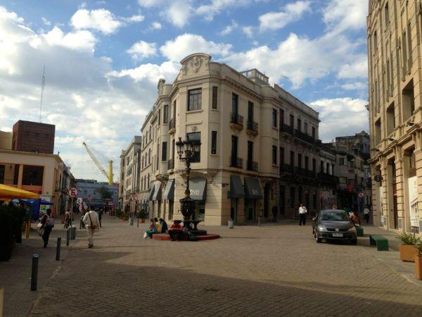 Montevideo Mercado del Puerto-2
