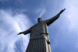 Christ the Redeemer Close