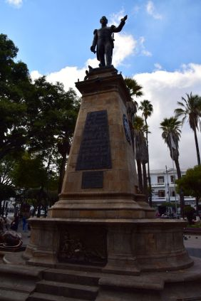 Sucre Square Statue