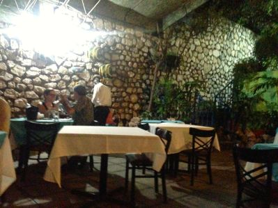Port-au-Prince Nightlife Le Coin des Artistes Dining area