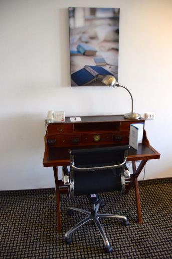 Alexander Tel Aviv Room Desk