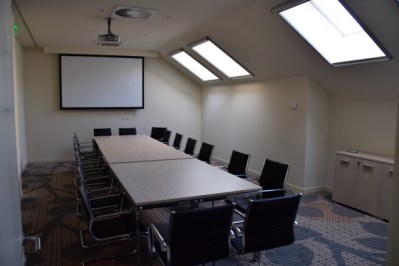 Jump INN Meeting Room
