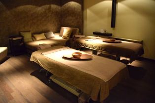 Kronwell Spa Tables