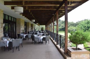 Mount Meru Hotel Main Restaurant Outdoor Seating
