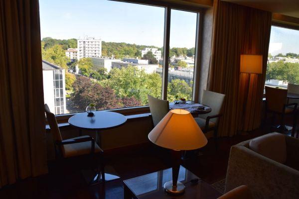 Regent Warsaw Lounge View