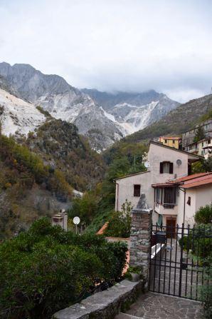 Carrara Colonnata Mountain View