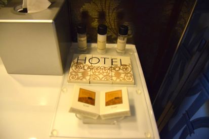 Palazzo Zichy Room Bath Amenities