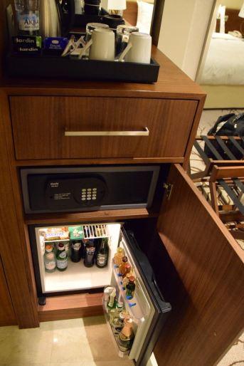 Renaissance Minsk Room Minibar