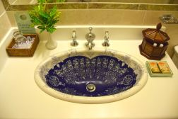 Grenadine House Room Bathroom Sink