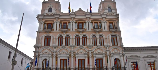 Hotel Plaza Grande Header