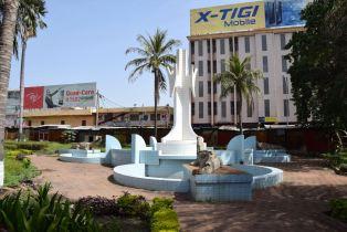 Bamako Cathédrale Fountain