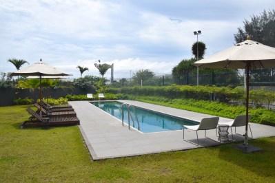 park-inn-libreville-pool