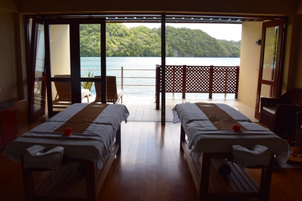 palau-royal-resort-mandara-spa-beds