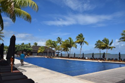 hilton-fiji-beach-resort-pool
