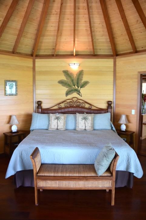 sunrise-beach-cabanas-room-bed