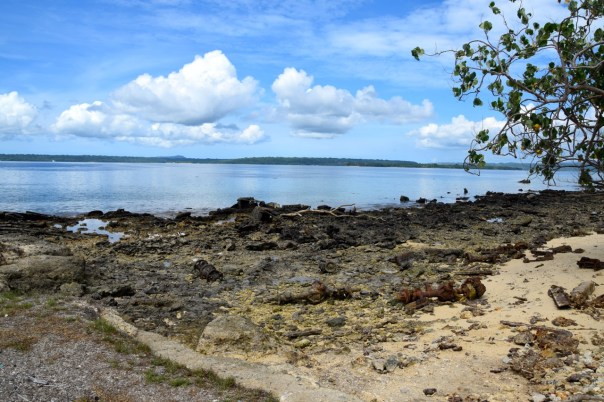 vanuatu-santo-tour-million-dollar-point-beach