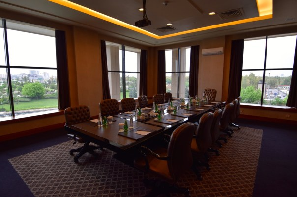 divan-erbil-meeting-room