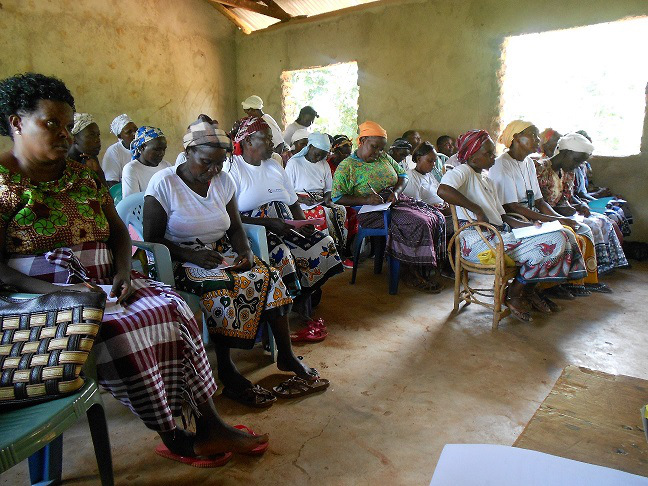 women-taking-notes-during-the-post-harvest-management-training